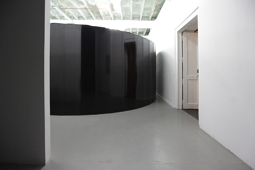 1 entrance door_psychedelica
